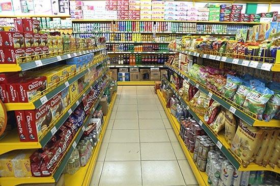 Cách nhận biết kệ siêu thị kém chất lượng