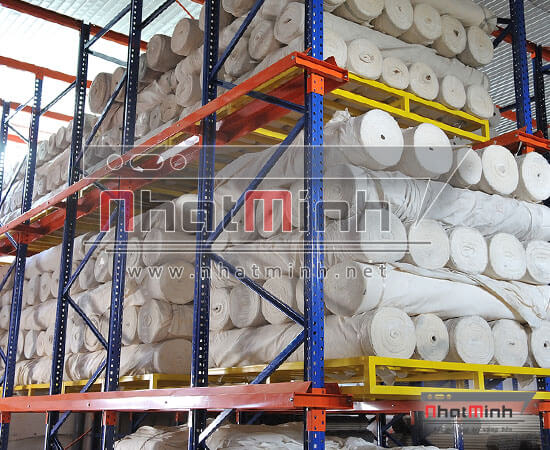 Giá kệ Pallet Drive-Thru - NhatMinh,Net