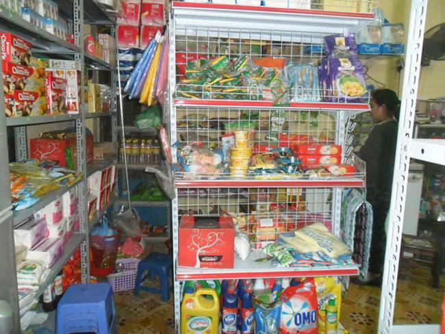 Cạnh tranh của cửa hàng tạp hóa