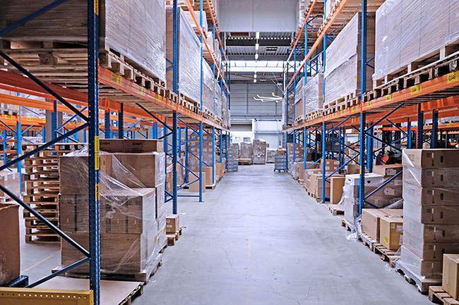 Kệ để hàng tối ưu không gian chứa hàng hóa